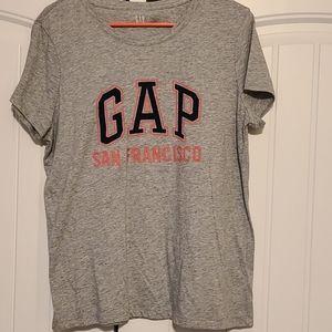 Women's GAP t-shirt, short sleeve